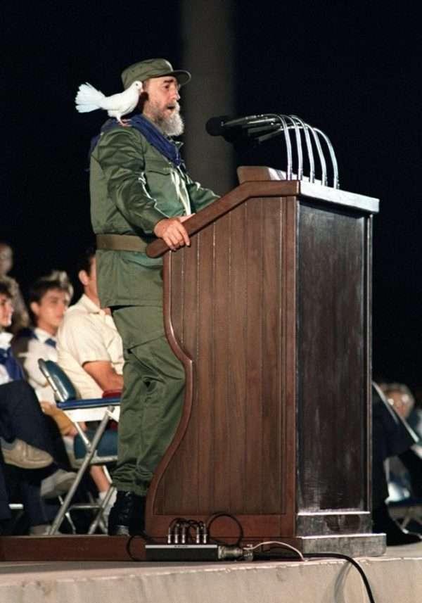 Foto: Fidel Castro durante la celebración de los 30 años de la Revolución cubana, 8 de enero de 1989 (AFP)