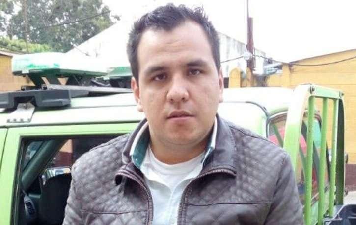 William Valdéz Figueroa, de 26 años, empleado bancario fue capturado por masturbarse y eyacular sobre pasajera. (Foto: Prensa Libre)
