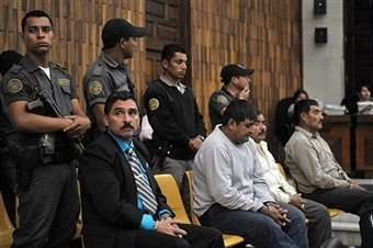 Carlos Antonio Carias Lopez, Daniel Martinez Martinez, Reyes Collin Gualip and Manuel Pop Sun, four military men accused of the murder of 252 farmers in 1982, during their trial, in Guatemala City, on August 1, 2011. Fuente: http://www.gettyimages.com